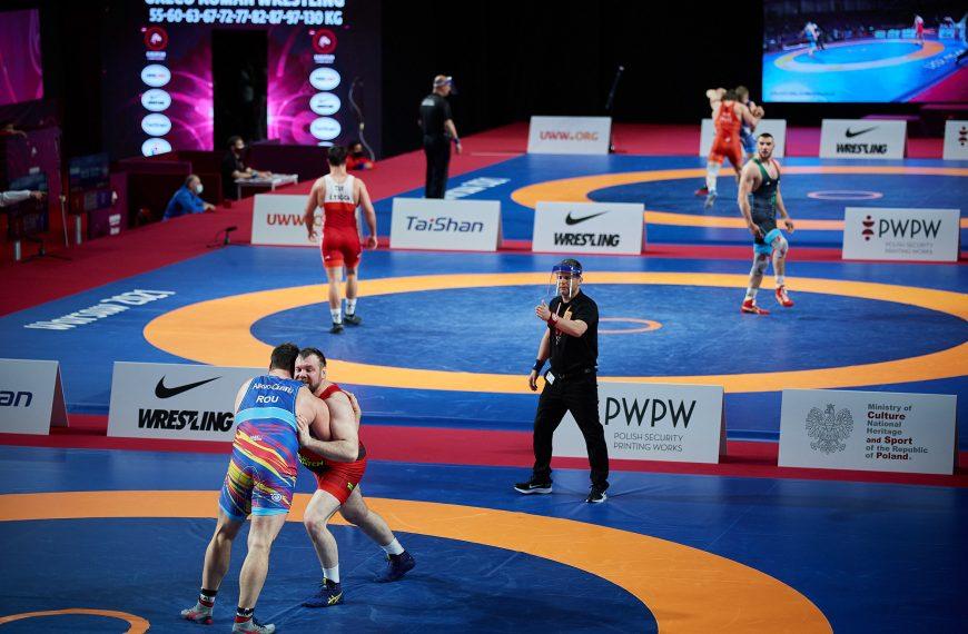 ME: Dziewięć medali polskich zapaśników