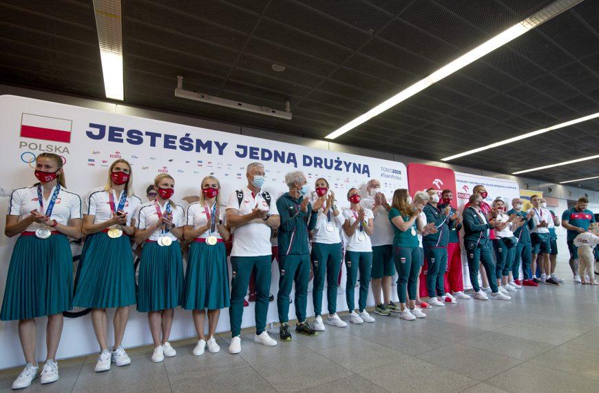 Kolejni medaliści już w Polsce!
